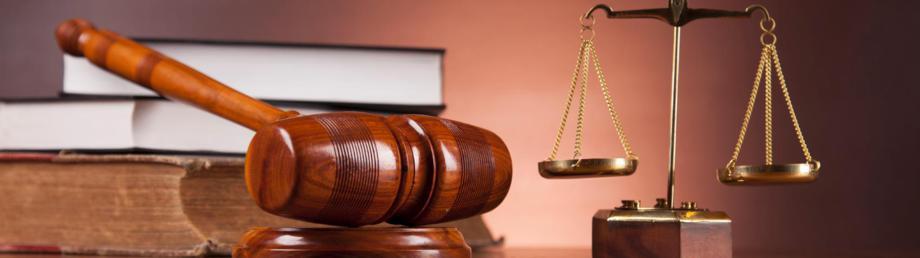 Allgemeinanwältin mit Tätigkeitsschwerpunkten-Medizinrecht-Behandlungsfehler-Arzthaftungsrecht-Verkehrsunfälle mit Sach-u. Personenschäden-Verkehrsrecht-Ordnungswidrigkeitenrecht-Erbrecht-Pflegerecht-Pflegeversicherungsrecht-Betreuungsrecht-Heimrecht